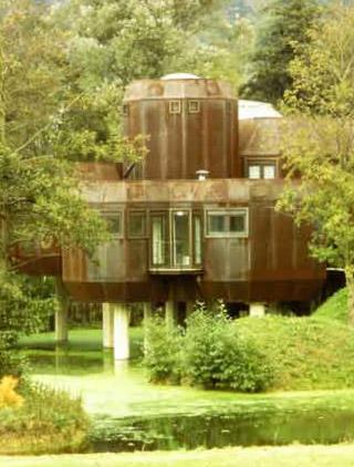 Maison en acier Corten - Gif-sur-Yvette, Essone 1973-1977.