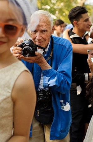 Bill Cunningham Photo: @nuthanks via Instagram.