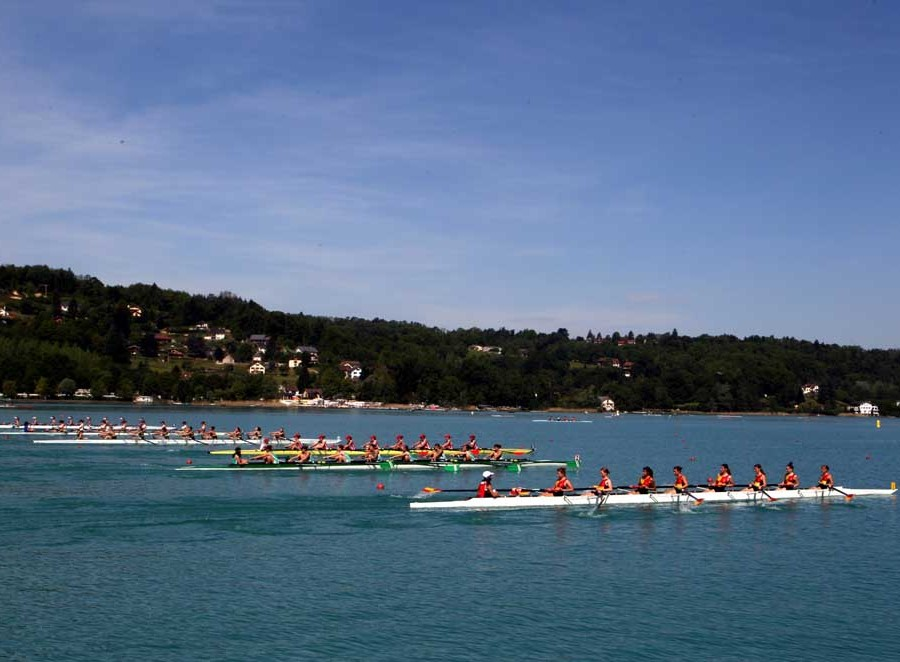 Aviron sur le lac d'Aiguebelette
