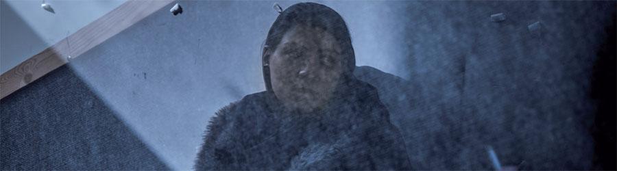 Fille fumant, Newsha Tavakolian