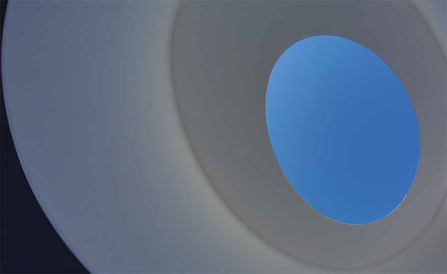 James Turrell, Elliptic Ecliptic, 1999 (c) Frédéric Chavaroche - Archives Bernar Venet