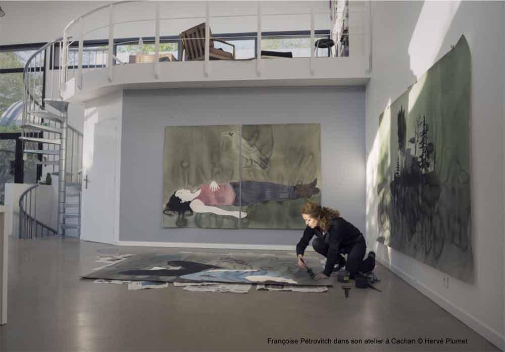Françoise Pétrovitch dans son atelier à Cachan © Hervé Plumet