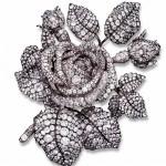 broche bouquet de roses commandée par la princesse Mathilde