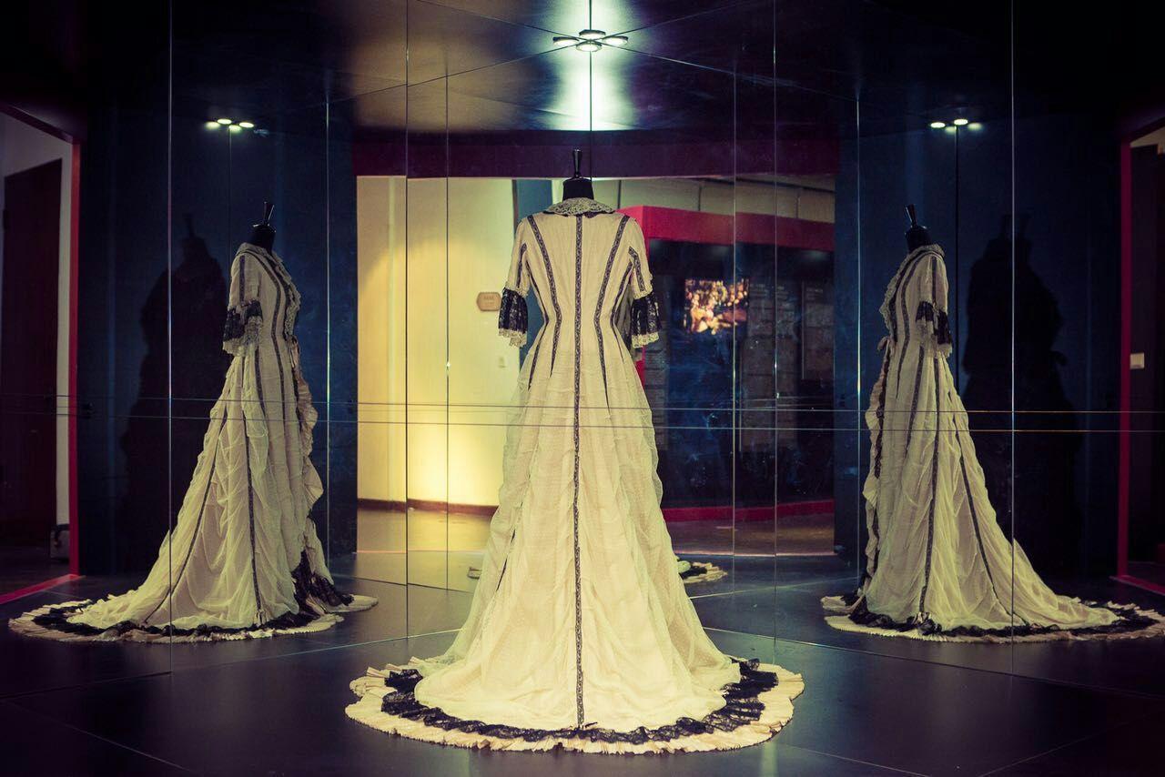 Vintage ou Moderne - Exposition Historique de Lingerie - Shanghai