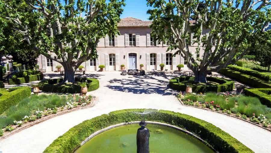 Sainte Roseline - Une année entre art et vin au Château Sainte Roseline