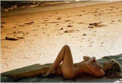 Francis Giacobetti, Jane Fonda sur la plage de Malibu, magazine Lui n°62, mars 1969 estimation : 4 000 – 6 000 € / 4 400 – 6 600 $