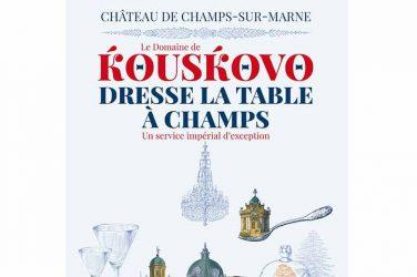 Kouskovo dresse la table à Champs