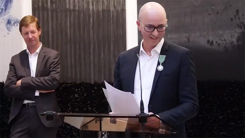 Eric Dereumaux , Chevalier dans l'ordre des Arts et des Lettres