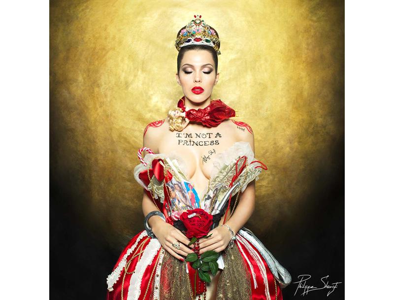 Iris Mittenaere : I'm Iris, I'm not a Princess
