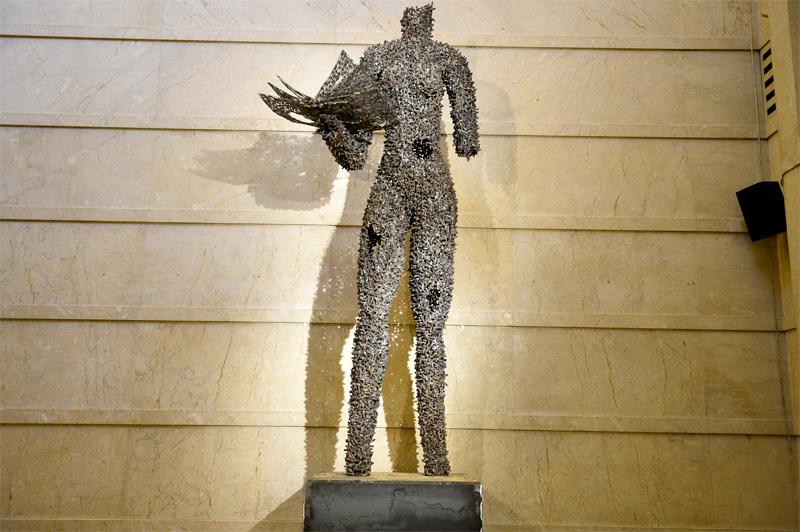Freddy Tsimba : Porteuse de vies de Freddy Tsimba -Don du Manège de Chaillot à Chaillot -Théâtre national de la Danse