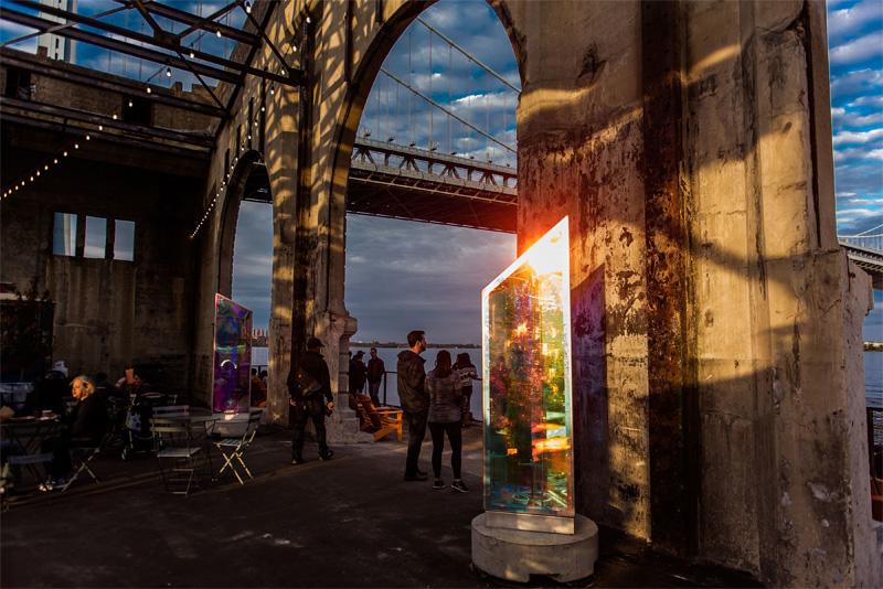 Philadelphie : Cherry Street Pier Prismatica - Maria Young.jpg