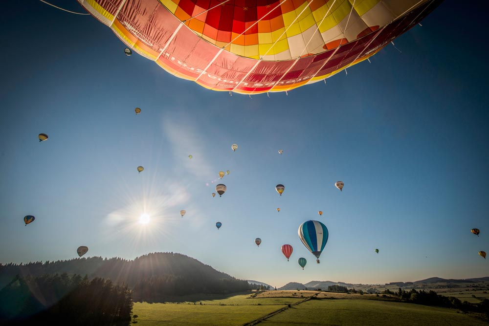 La Chaine des Puys en montgolfière (63)