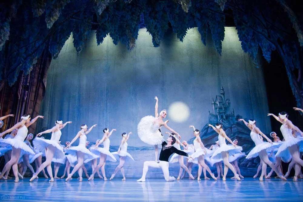 Saint-Pétersbourg Festival Ballet